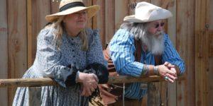 moz in zena starejsa kmeta