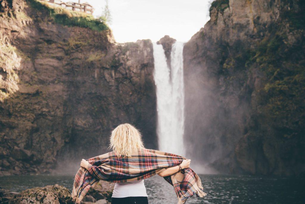 slap voda ženska preporod